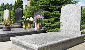 Summers Memorials White Kerb Set Monument